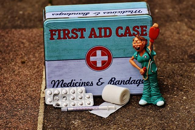 krabička první pomoci
