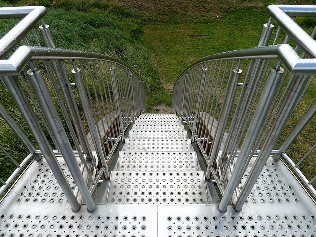 venkovní nerezové schodiště
